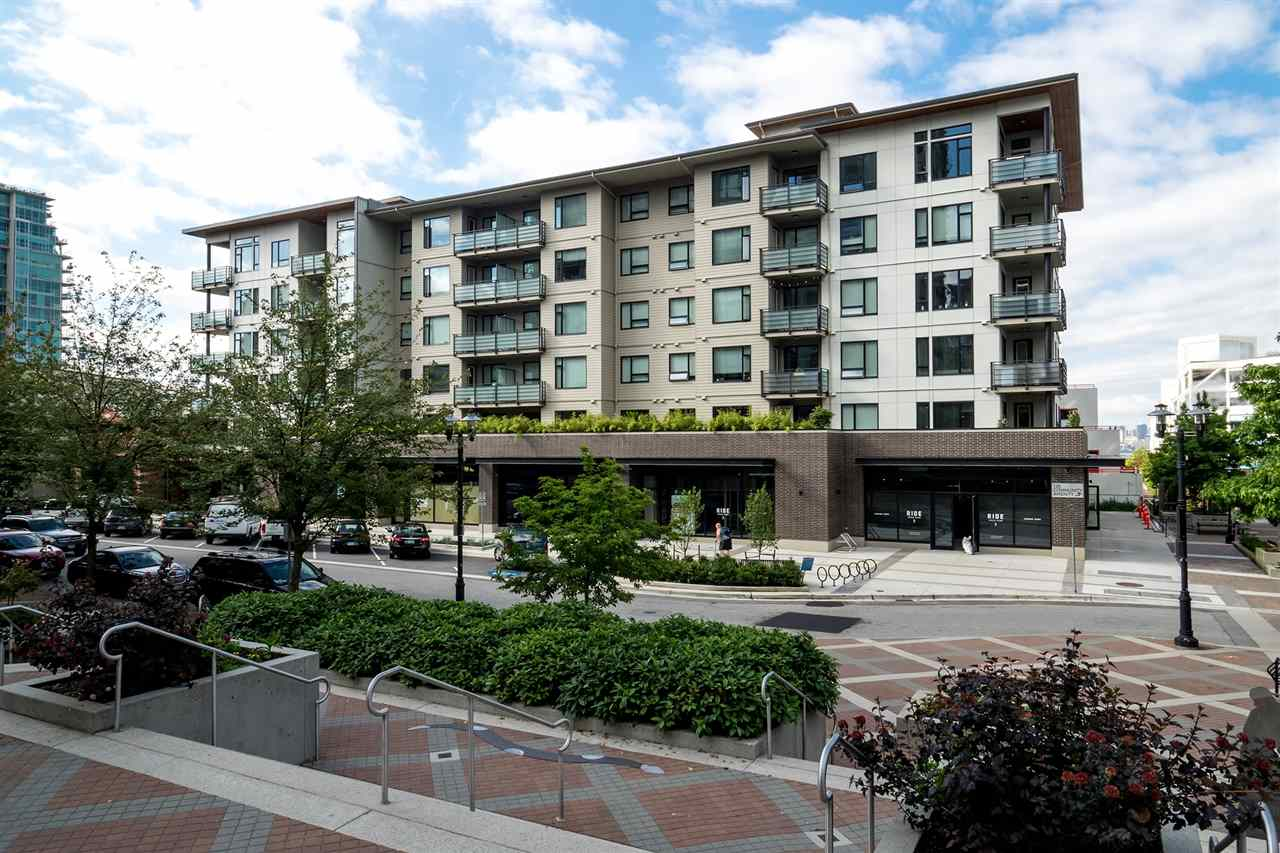 211 123 W 1ST STREET, North Vancouver