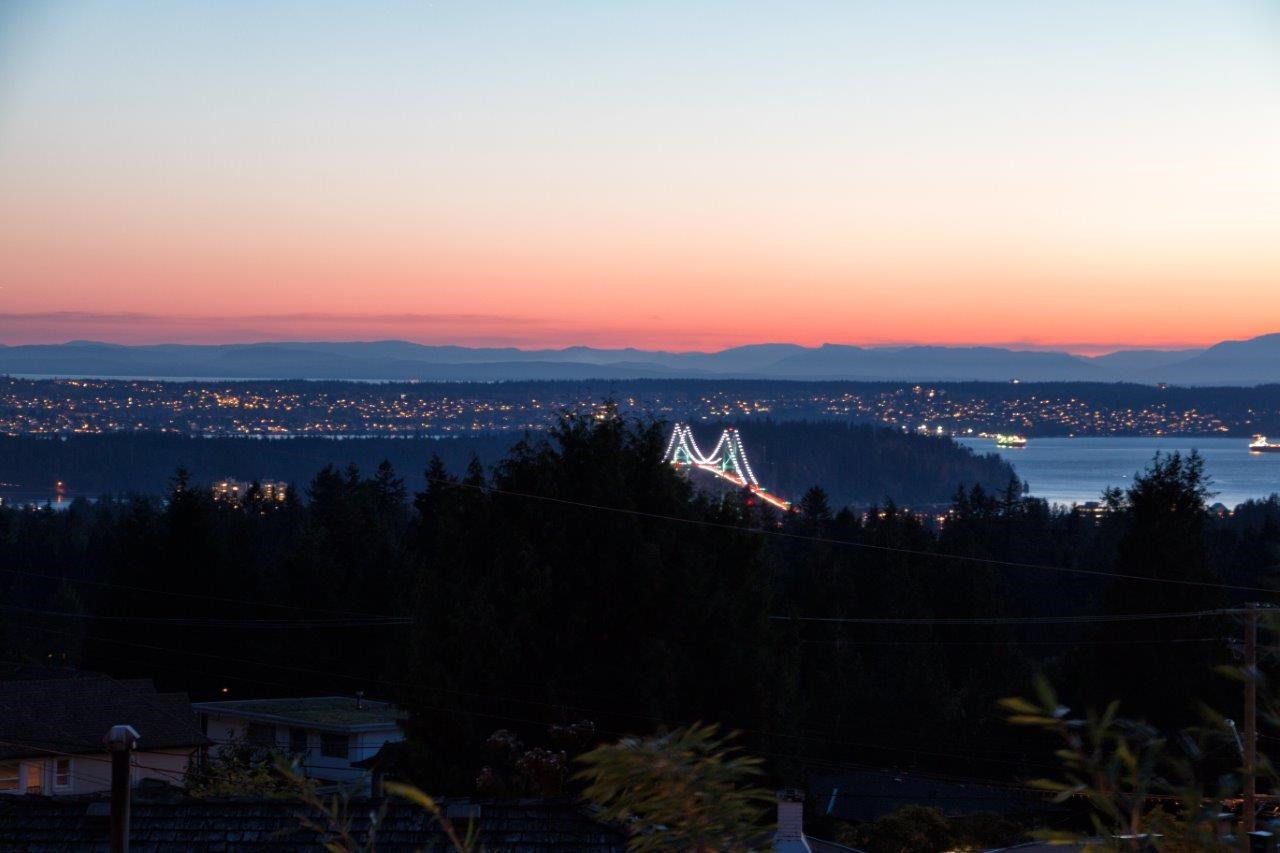 747 MONTROYAL BOULEVARD, North Vancouver
