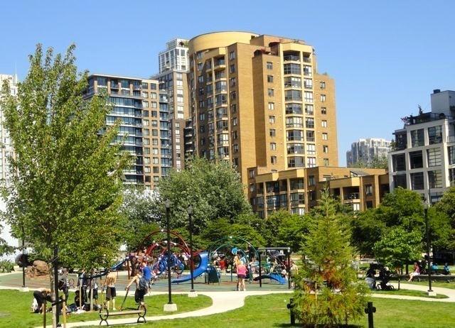 706 488 HELMCKEN STREET, Vancouver