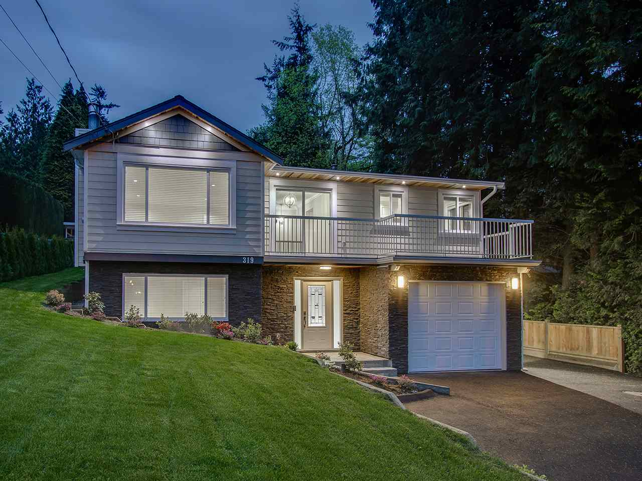 319 DECAIRE STREET, Coquitlam