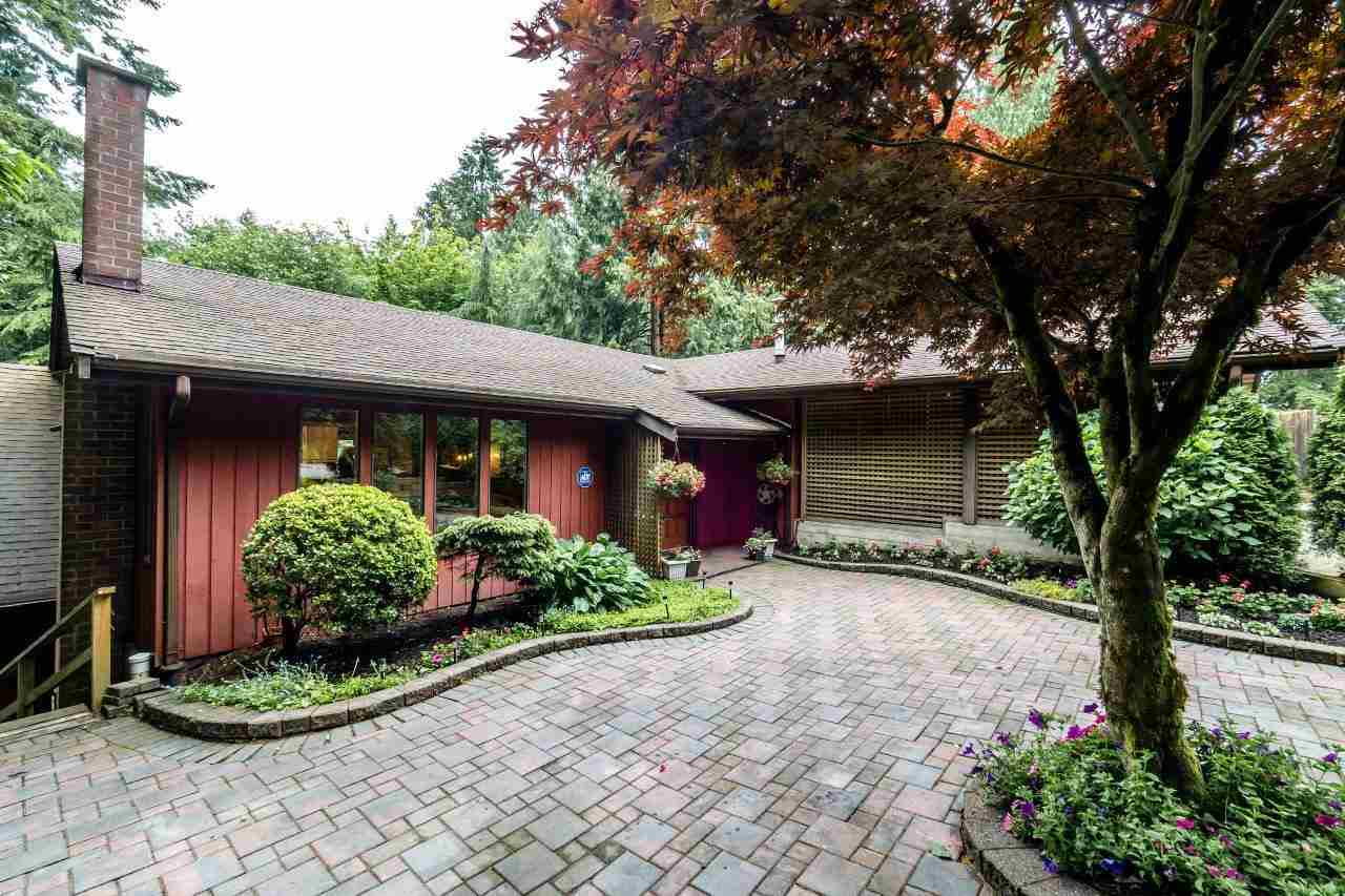 277 E BRAEMAR Upper Lonsdale, North Vancouver (R2181824)