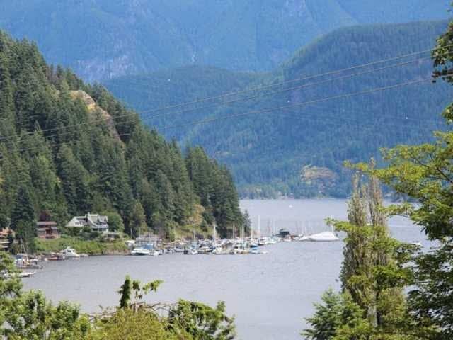 2181 DEEP COVE Deep Cove, North Vancouver (R2182300)