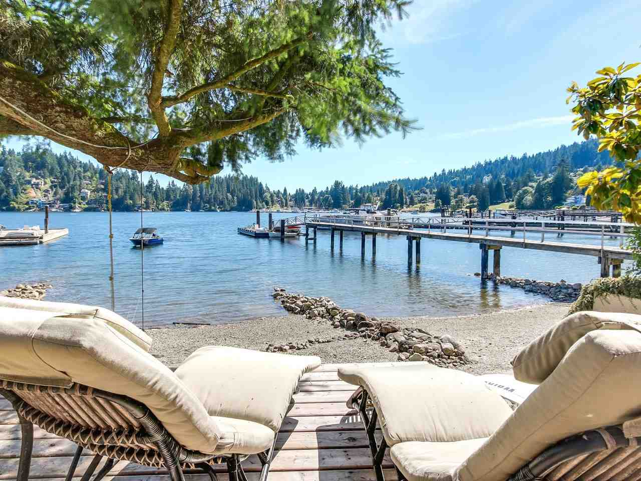 2730 PANORAMA Deep Cove, North Vancouver (R2182343)