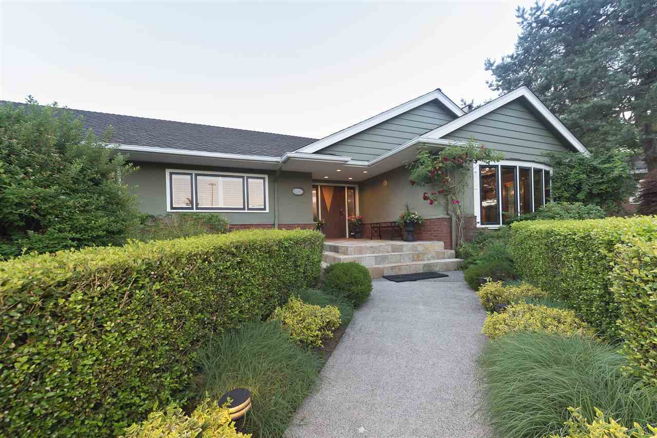 110 COLLEGE Queens Park, New Westminster (R2182954)