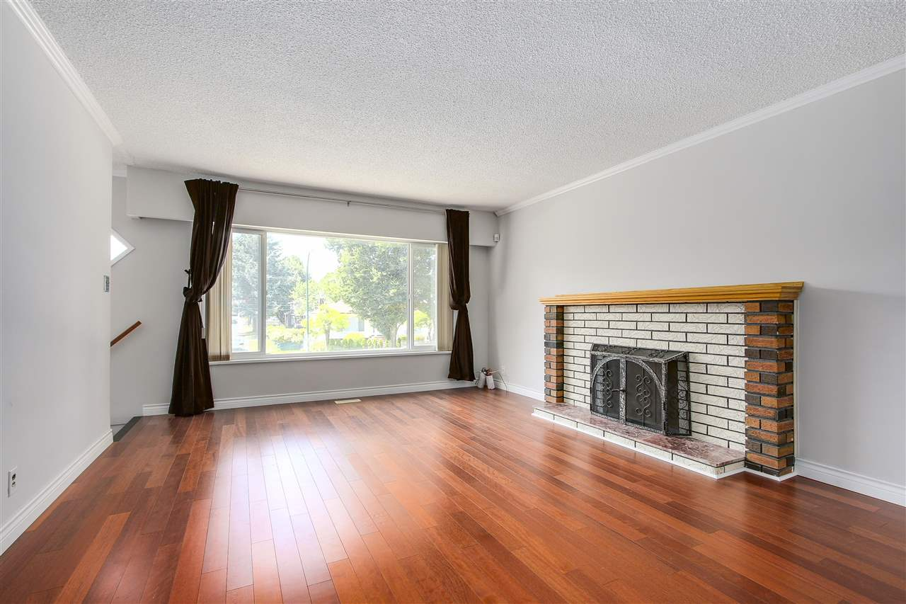 5382 EARLES Collingwood VE, Vancouver (R2184232)