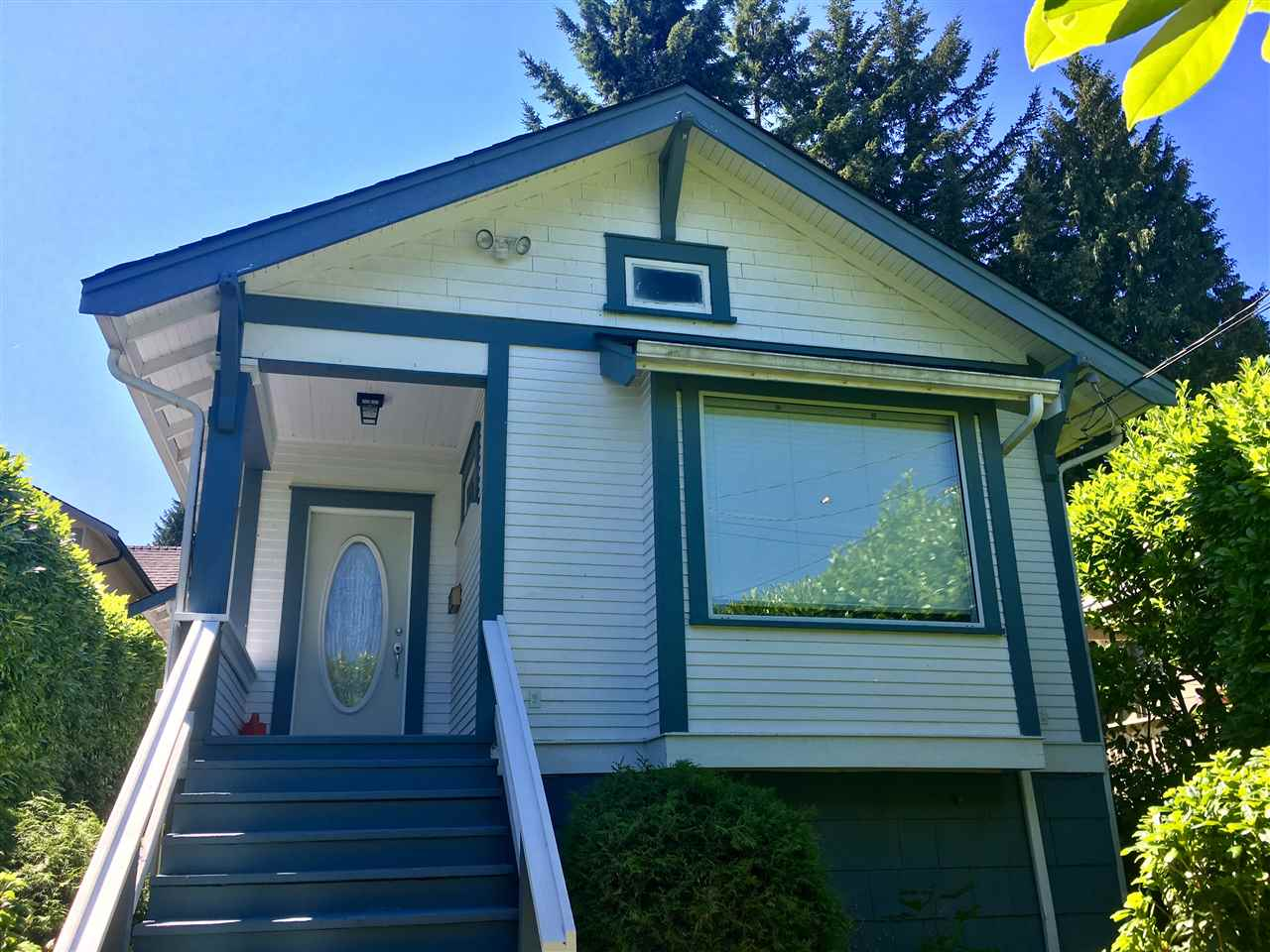 3021 FROMME Lynn Valley, North Vancouver (R2184962)