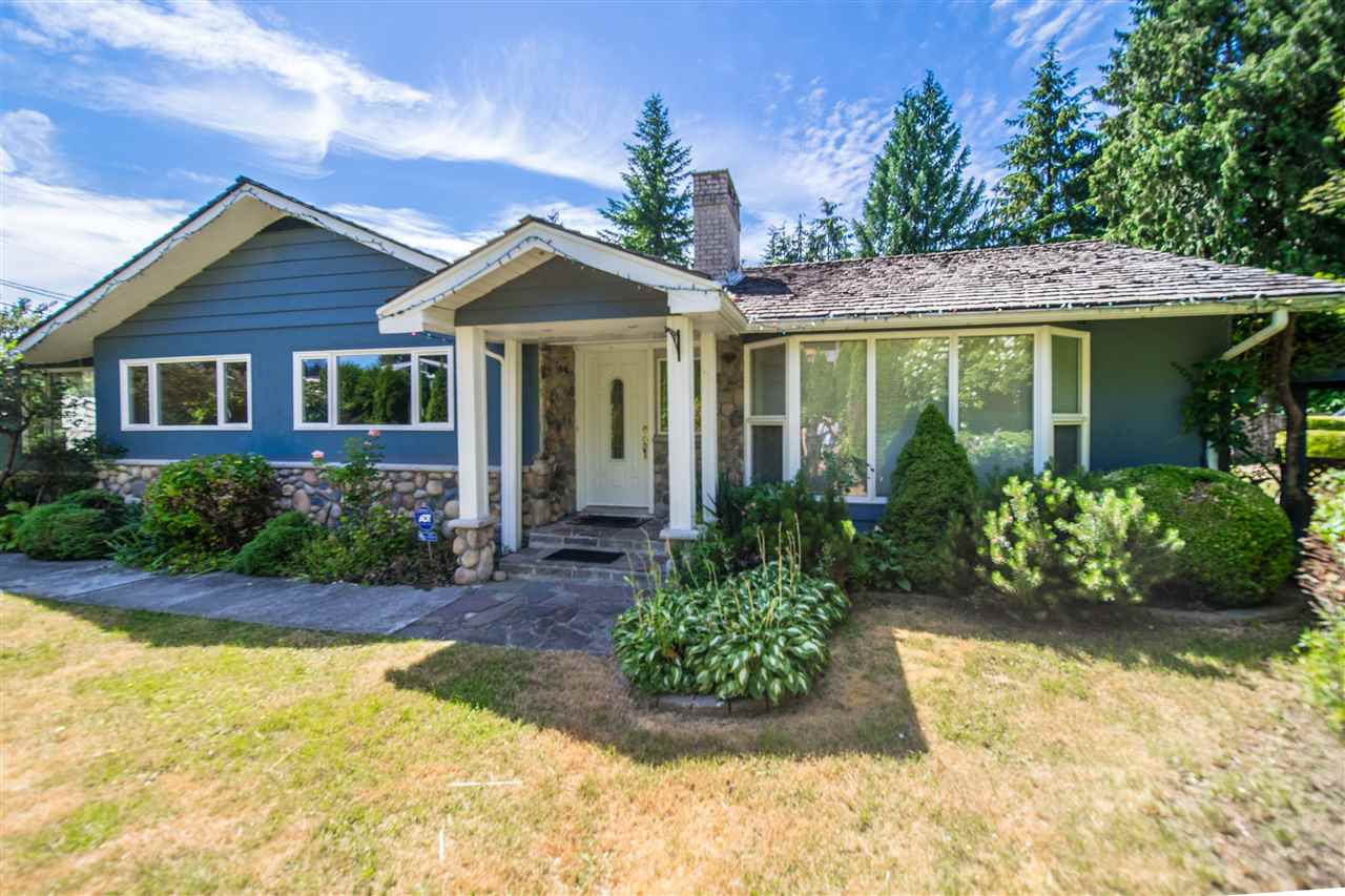 928 BELVISTA Canyon Heights NV, North Vancouver (R2185185)