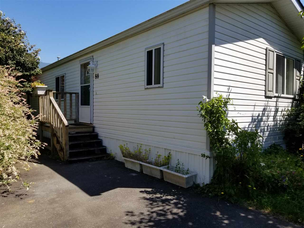 88 41168 LOUGHEED HIGHWAY, Mission