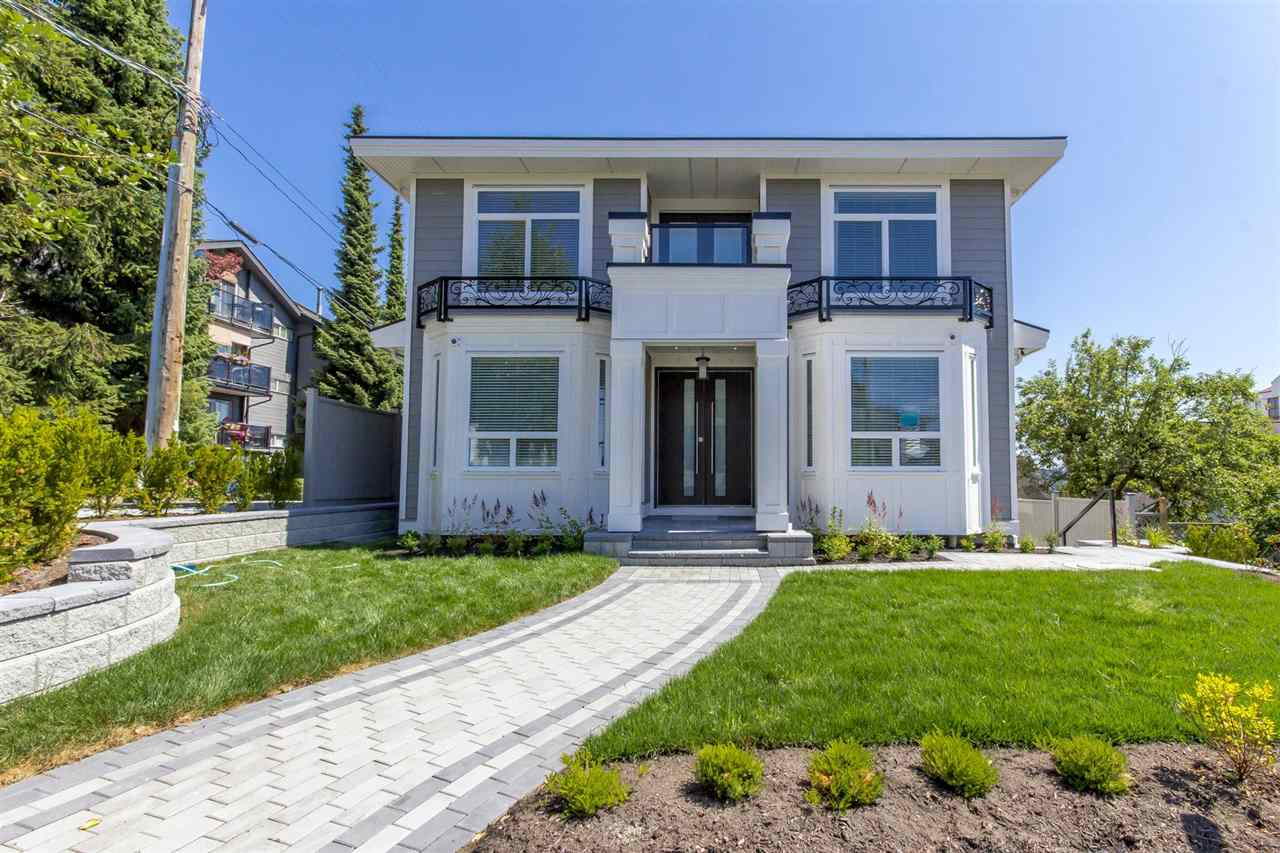 1028 THIRD AVENUE, New Westminster