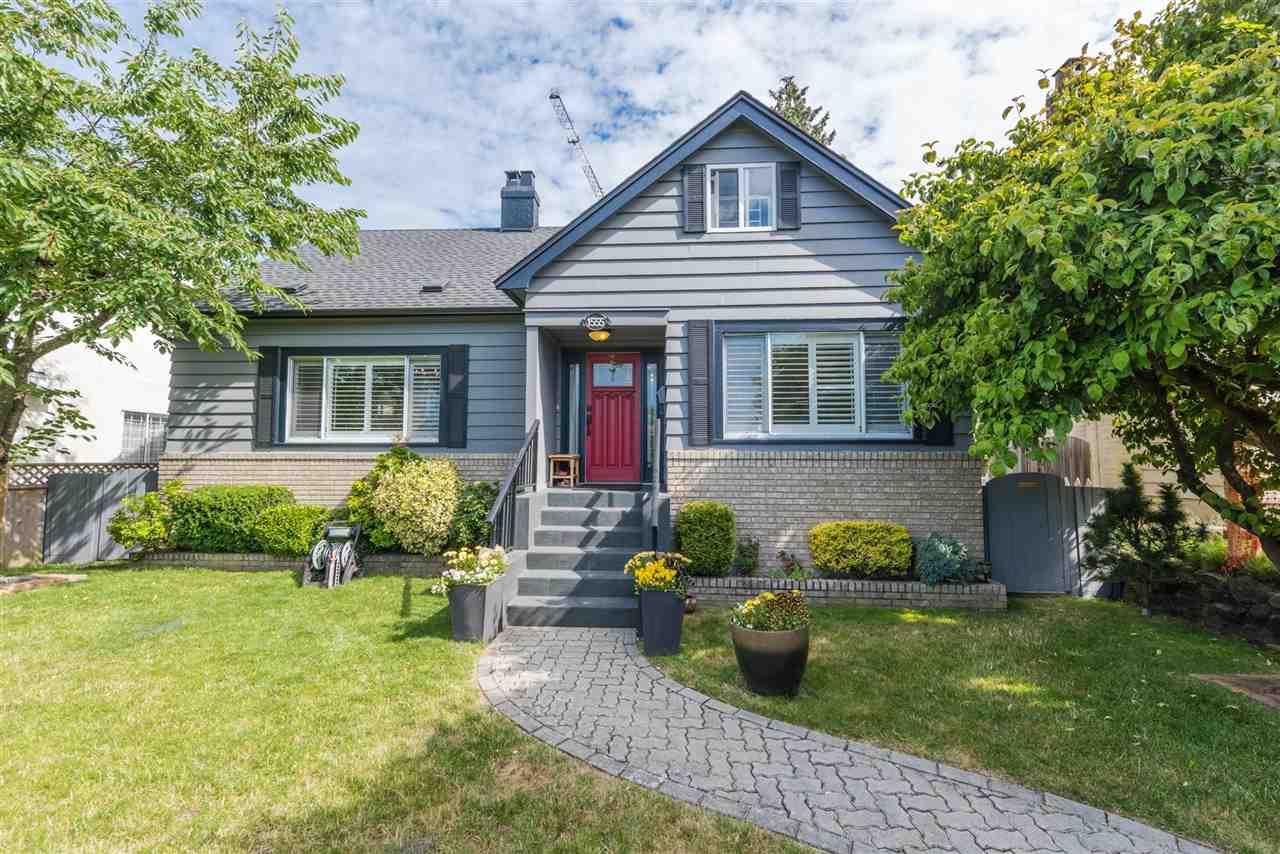 1555 W 58TH South Granville, Vancouver (R2186179)