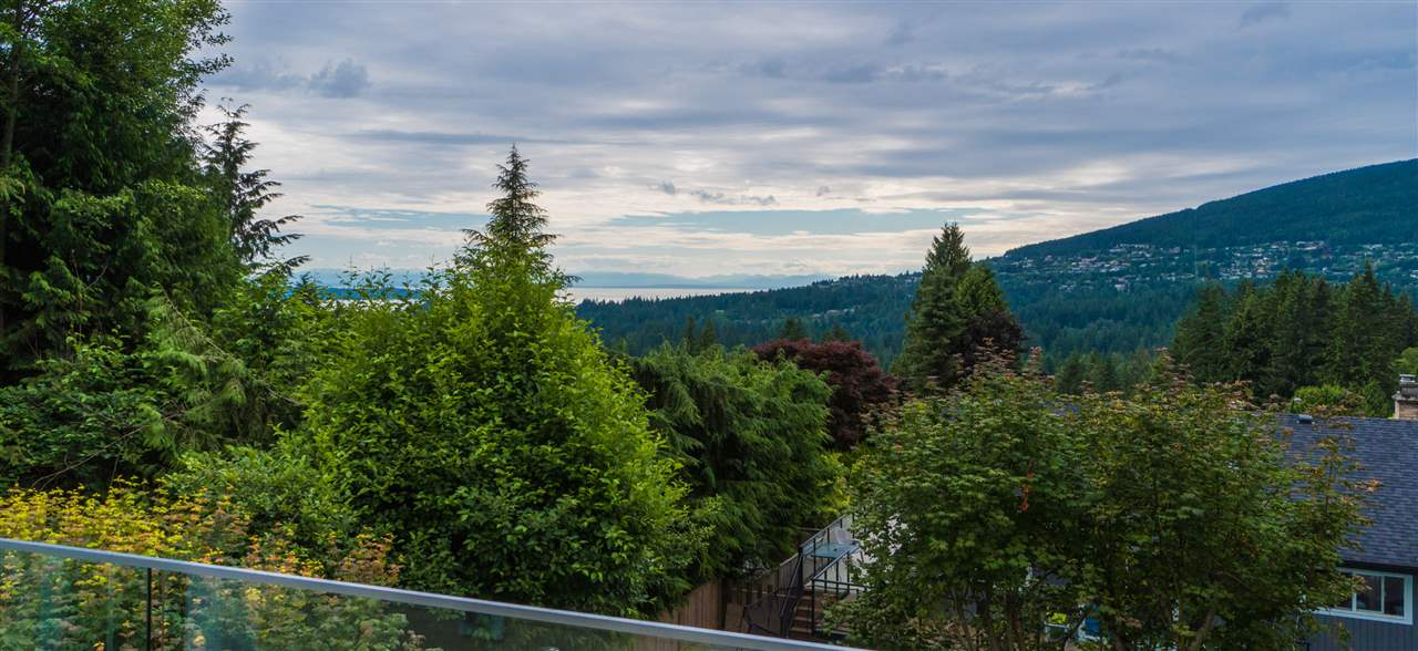 5117 FRANCISCO Canyon Heights NV, North Vancouver (R2186696)