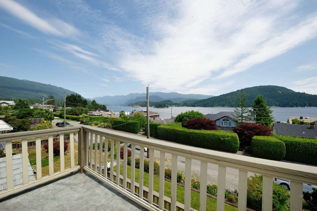 351 BEACHVIEW Dollarton, North Vancouver (R2186808)