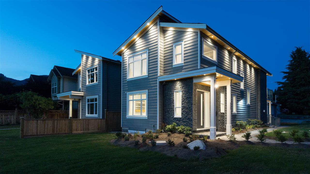 360 W 20TH Central Lonsdale, North Vancouver (R2187358)