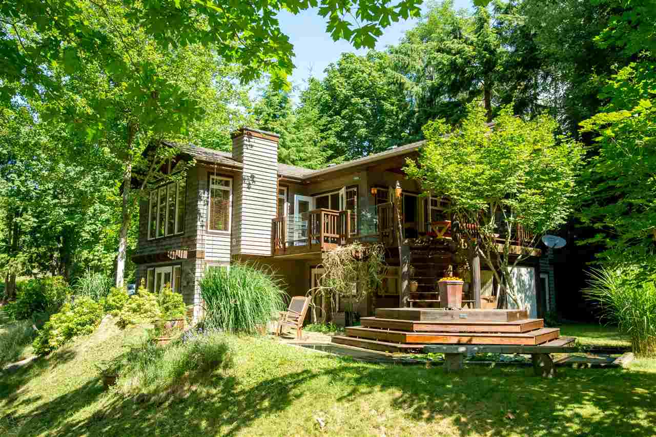 2350 MOUNTAIN ROAD, Gambier Island