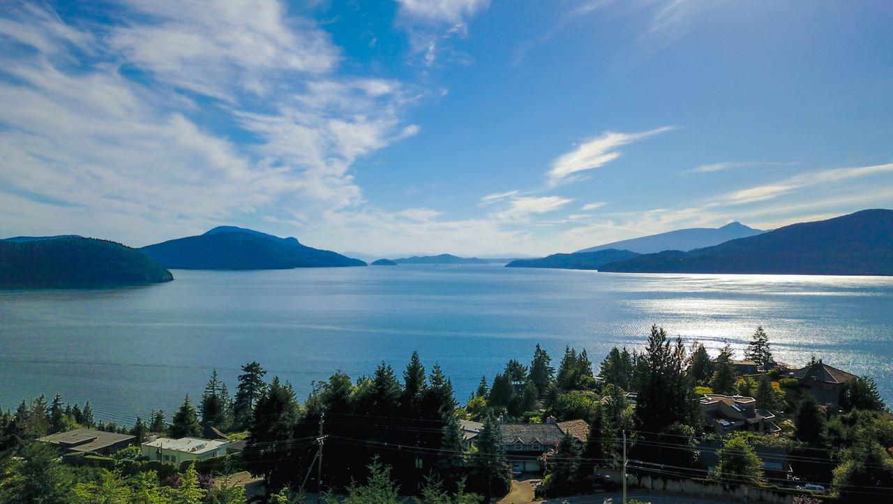 20 KELVIN GROVE Lions Bay, West Vancouver (R2188159)