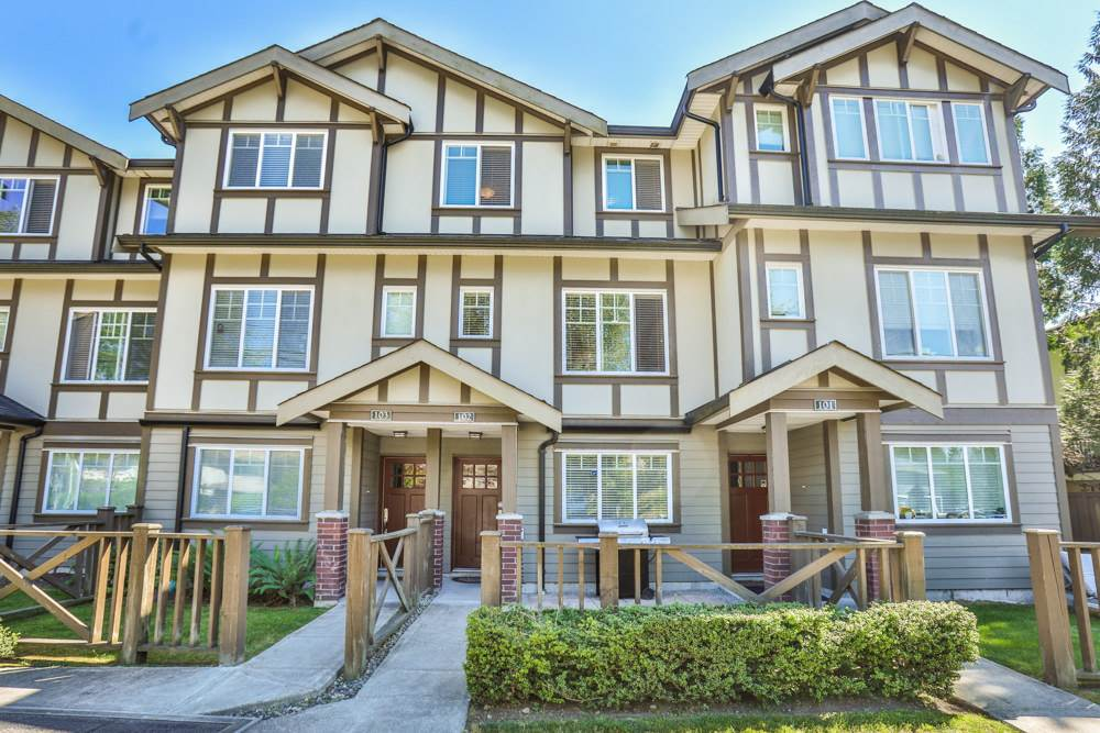 102 3333 DEWDNEY TRUNK ROAD, Port Moody