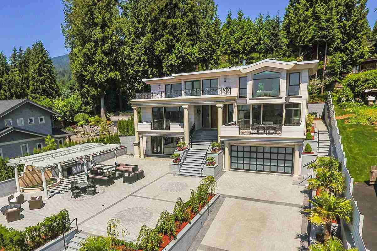 1195 MATHERS AVENUE, West Vancouver