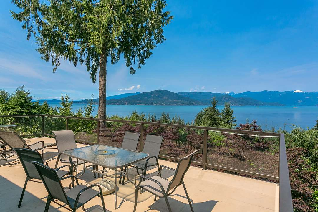 40 PANORAMA Lions Bay, Lions Bay (R2190279)