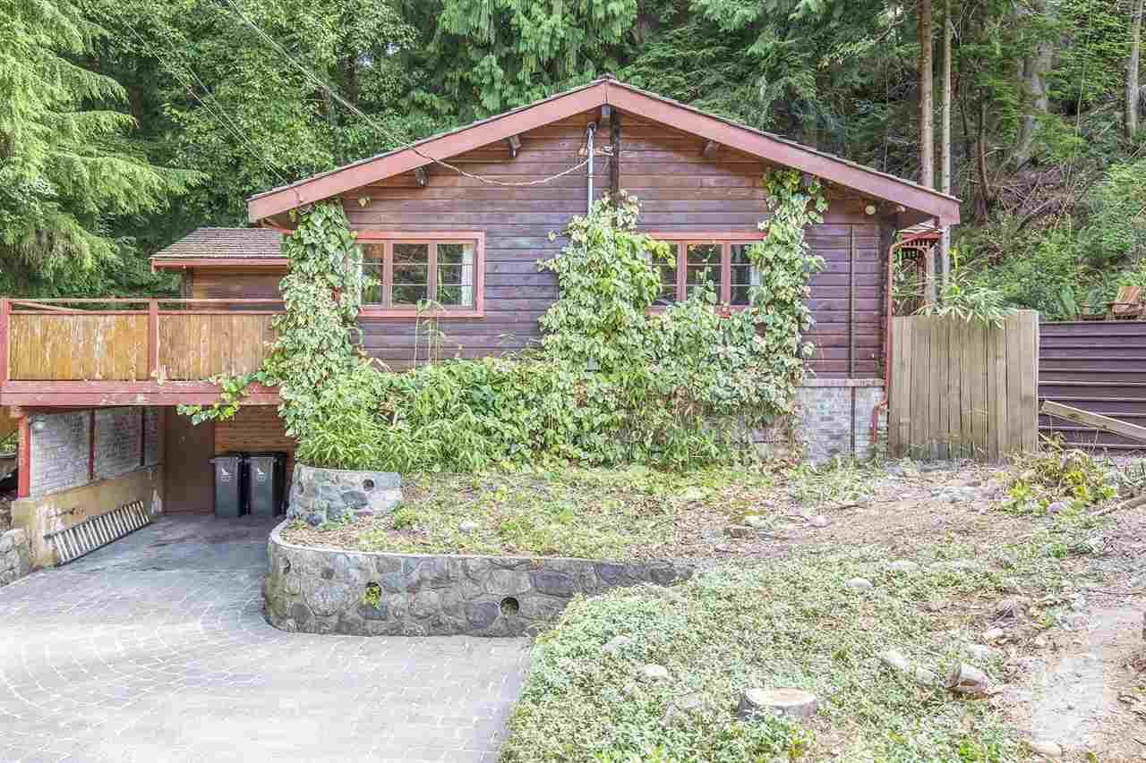 3870 EMERALD Edgemont, North Vancouver (R2190836)