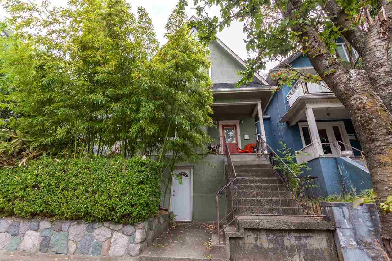 1232 VICTORIA Grandview VE, Vancouver (R2191064)