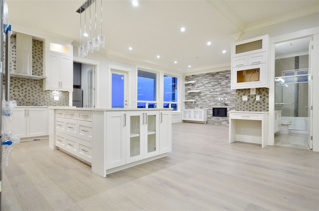 3402 HIGHLAND DRIVE, Coquitlam