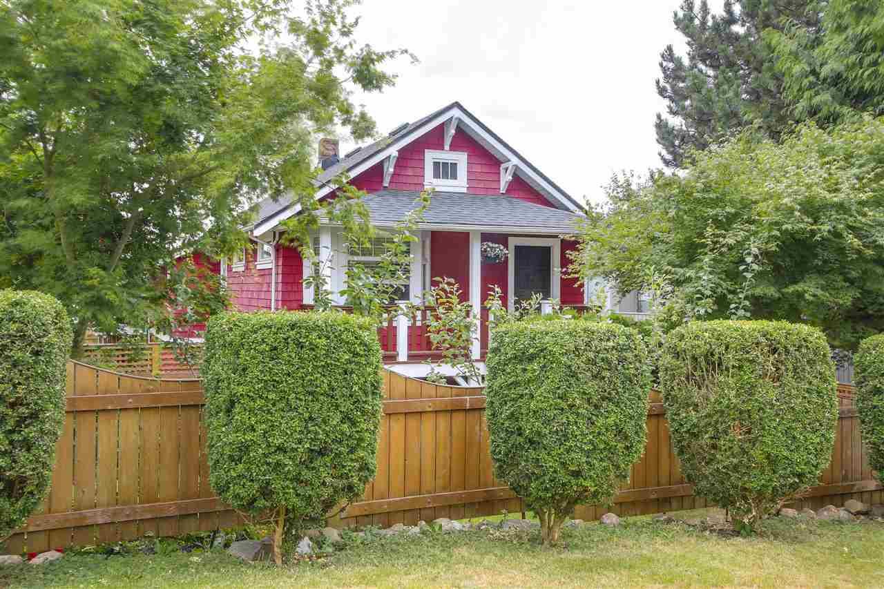 709 E 6TH Queensbury, North Vancouver (R2191266)