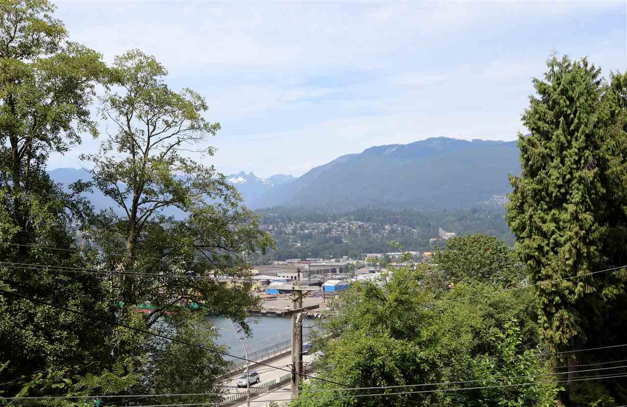 606 N KOOTENAY Hastings East, Vancouver (R2192387)