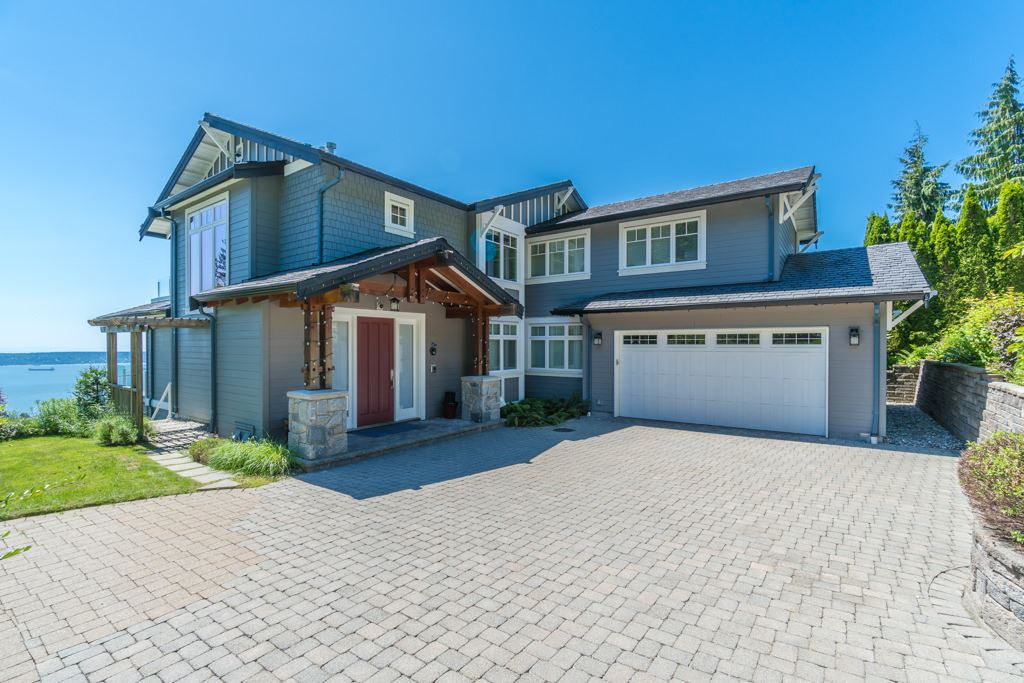 2598 CHIPPENDALE ROAD, West Vancouver