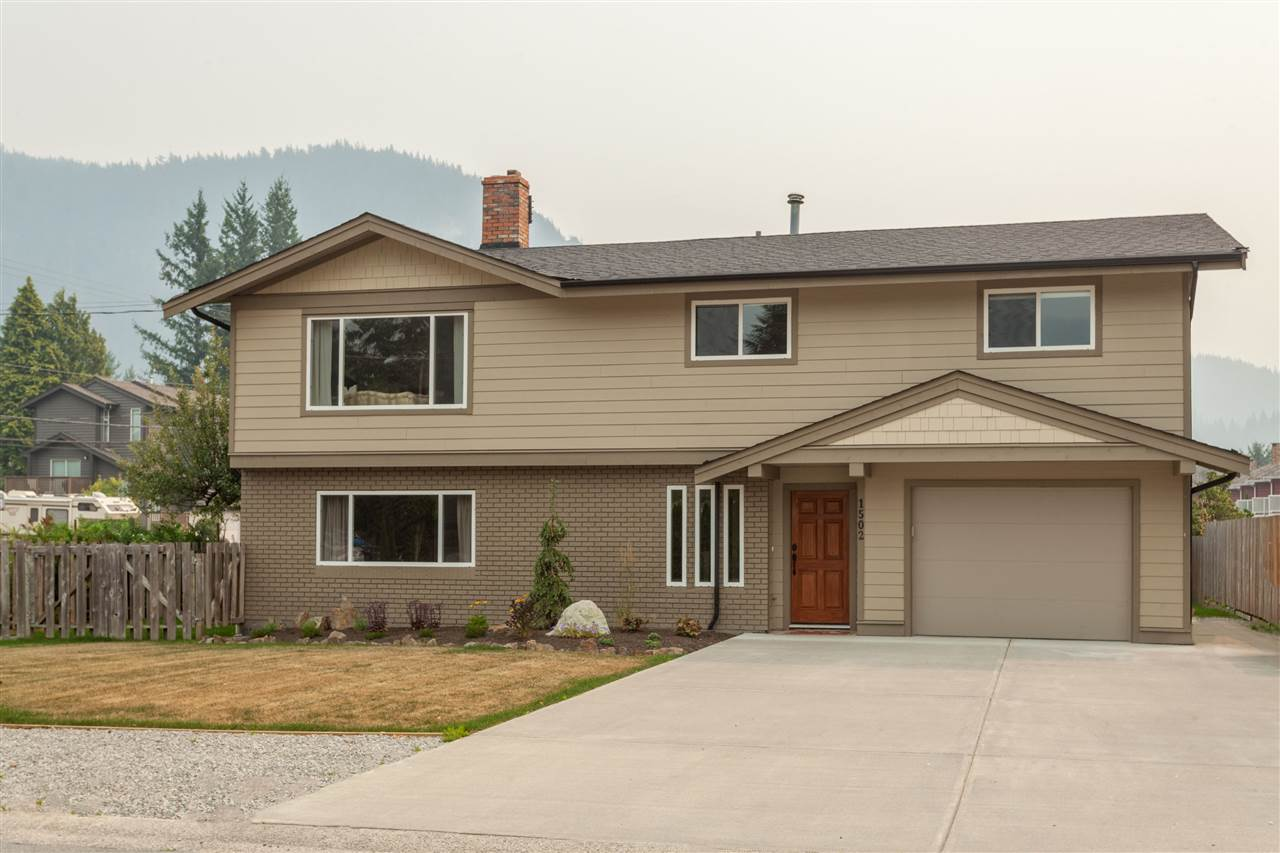 1502 EAGLE RUN DRIVE, Squamish