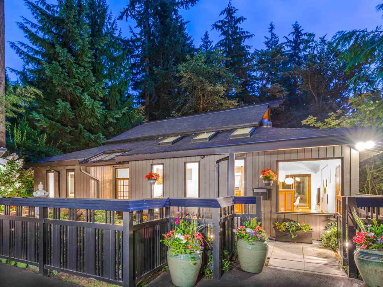 329 CARTELIER ROAD, North Vancouver