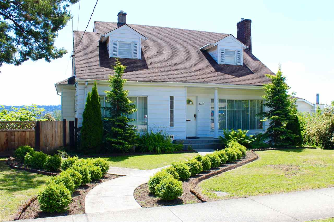 1318 EIGHTH West End NW, New Westminster (R2195081)