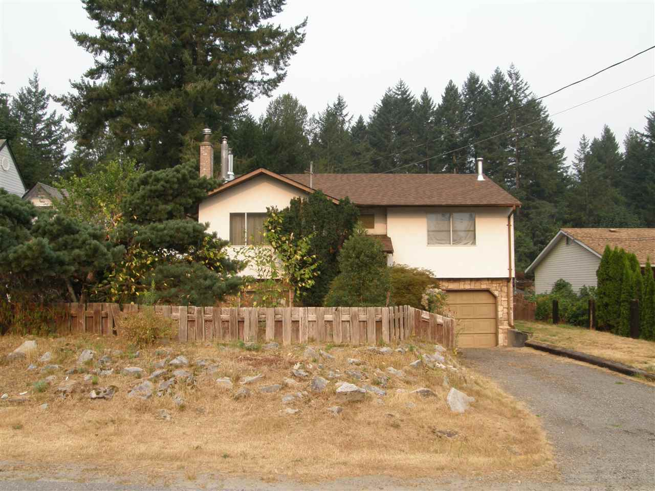 21111 LAKEVIEW CRESCENT, Hope