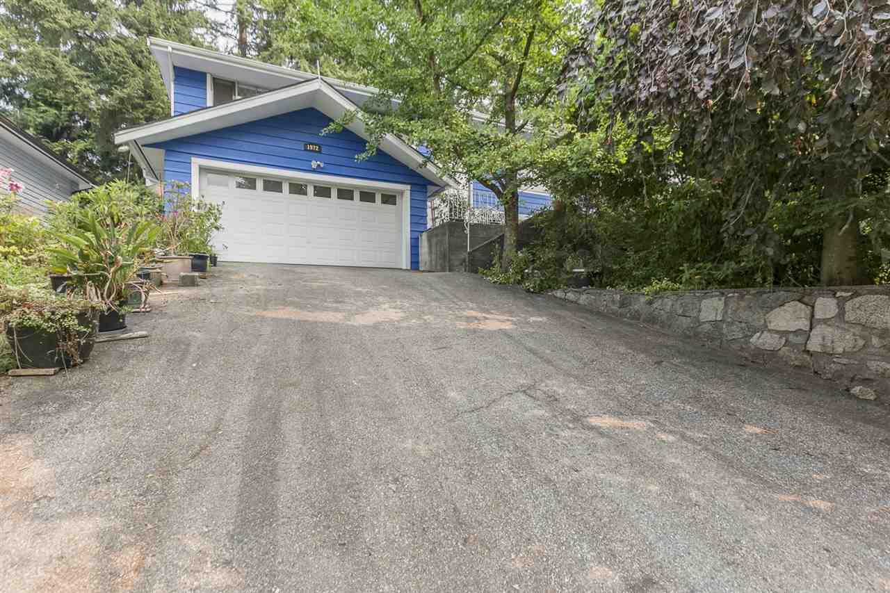 1972 HYANNIS Blueridge NV, North Vancouver (R2195704)