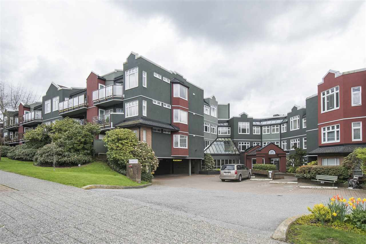 401 121 W 29TH STREET, North Vancouver