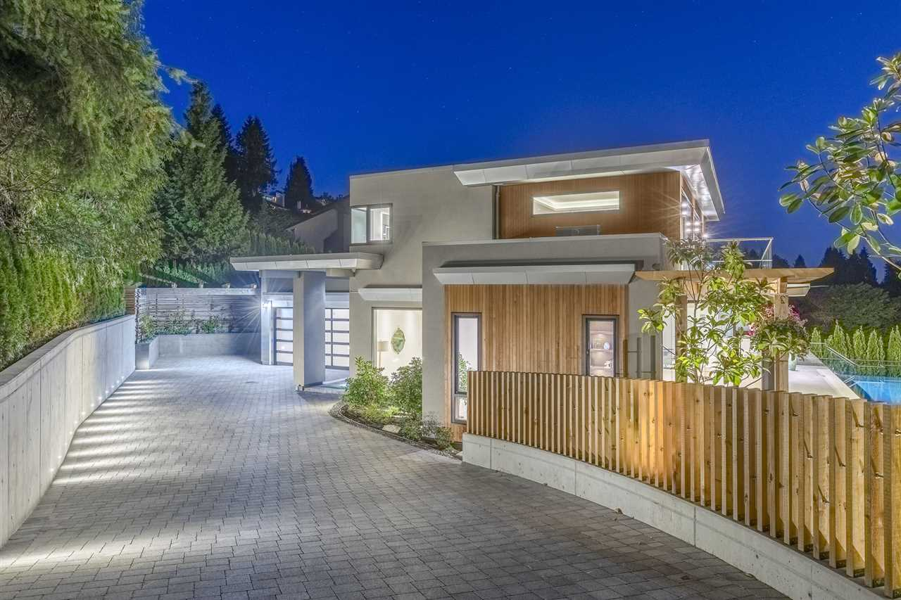 1545 CAMELOT Chartwell, West Vancouver (R2195879)