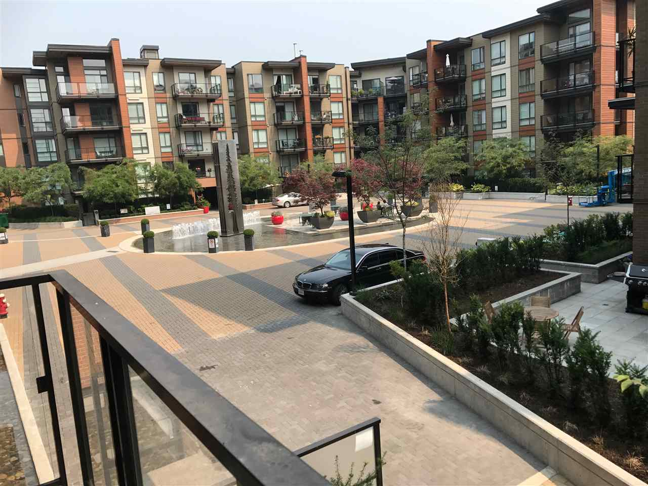 215 723 W 3RD STREET, North Vancouver