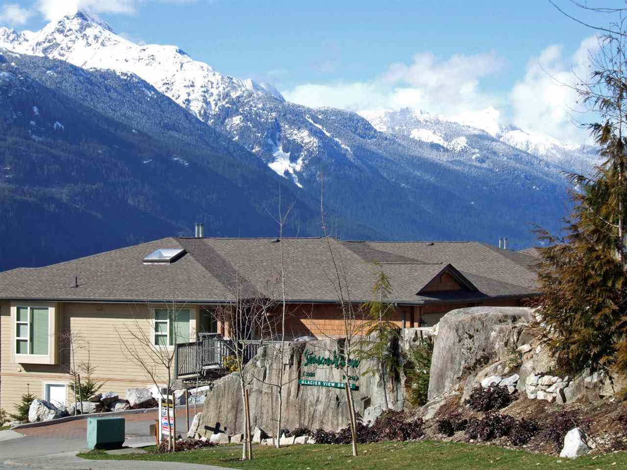 9 1024 GLACIER VIEW DRIVE, Squamish