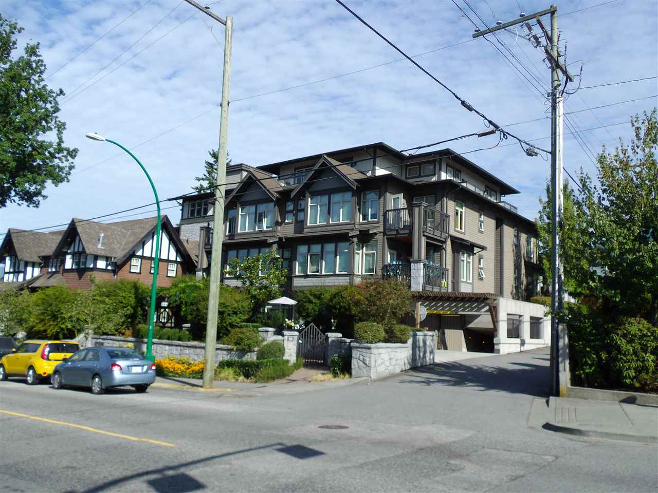 207 116 W 23RD STREET, North Vancouver