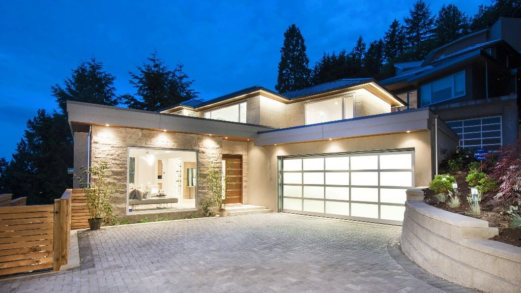 1117 DYCK ROAD, North Vancouver
