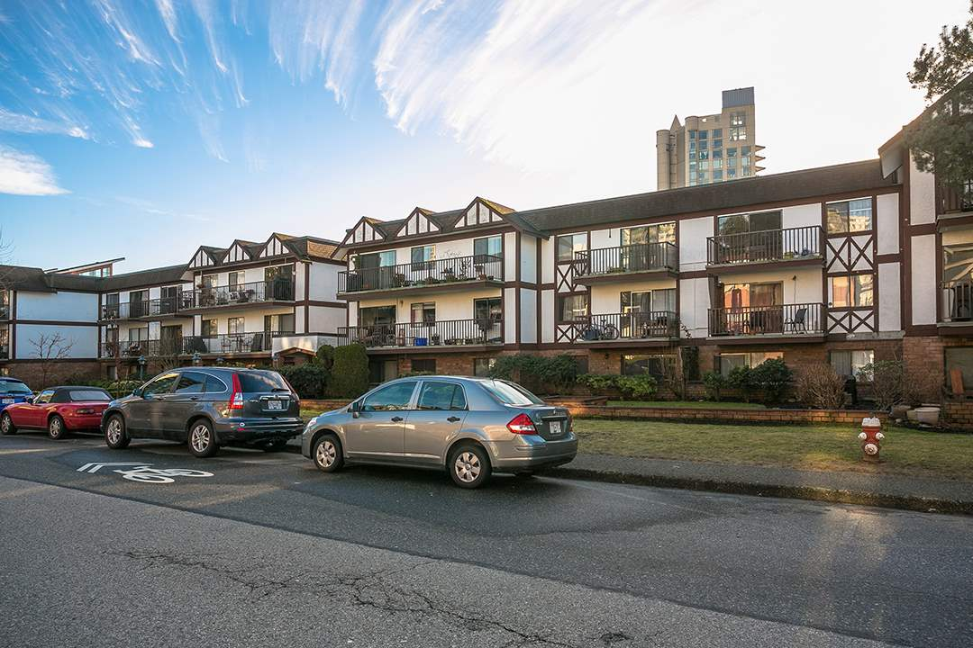 310 131 W 4TH STREET, North Vancouver
