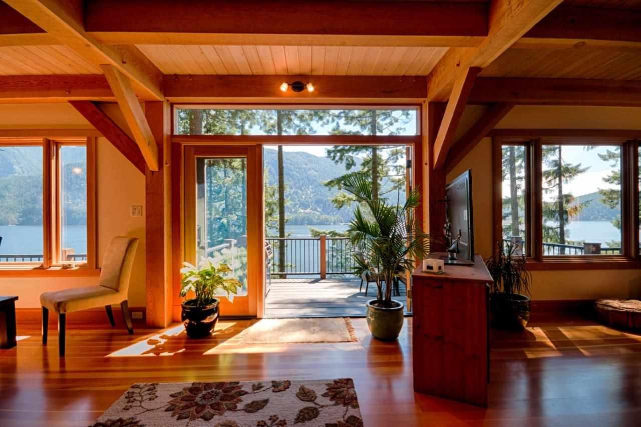 317 SASAMAT Woodlands-Sunshine-Cascade, North Vancouver (R2197053)