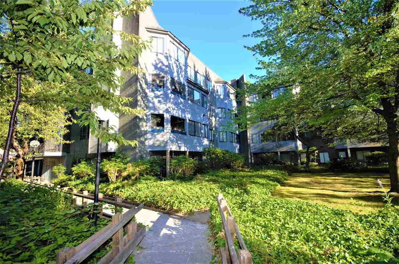 403 9880 MANCHESTER DRIVE, Burnaby
