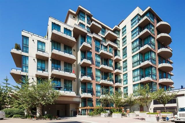 310 10 RENAISSANCE SQUARE, New Westminster
