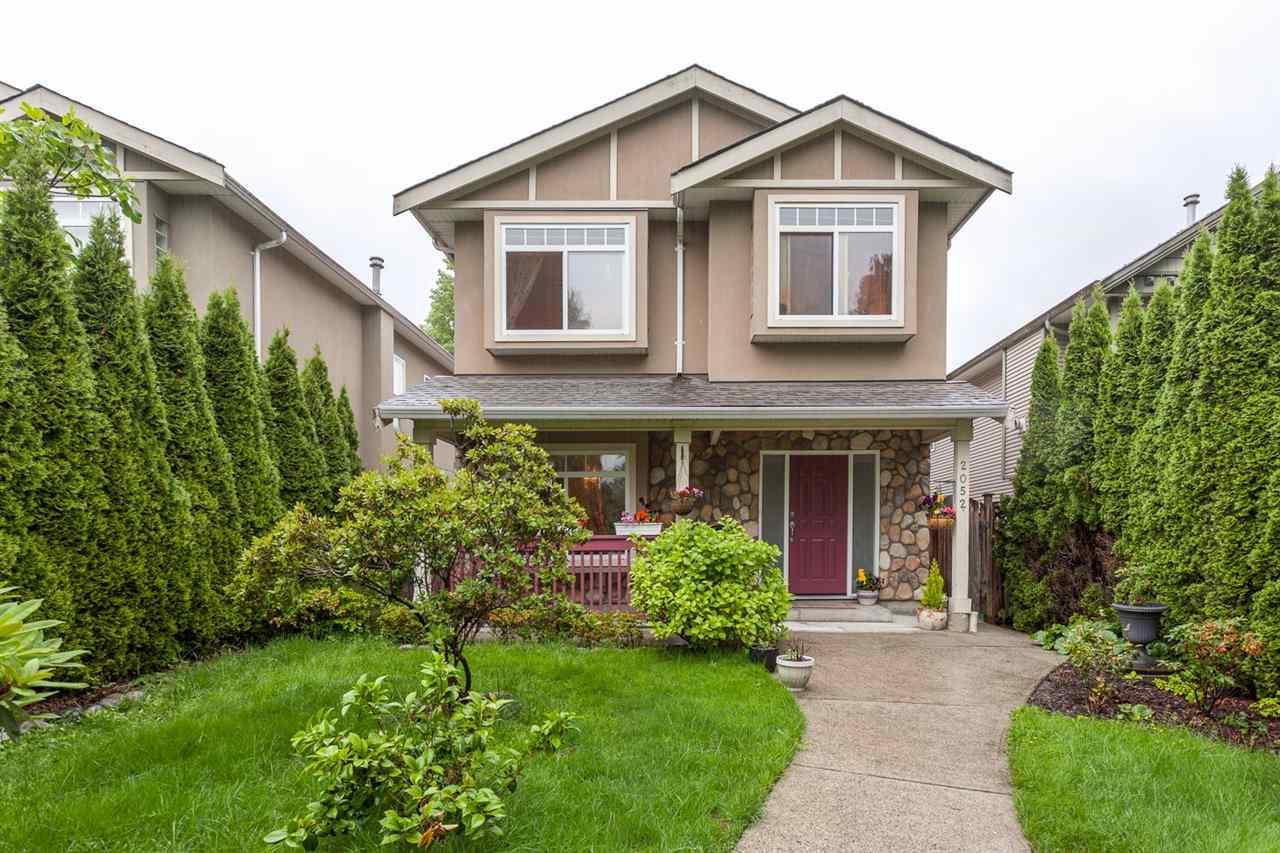 2052 JONES AVENUE, North Vancouver