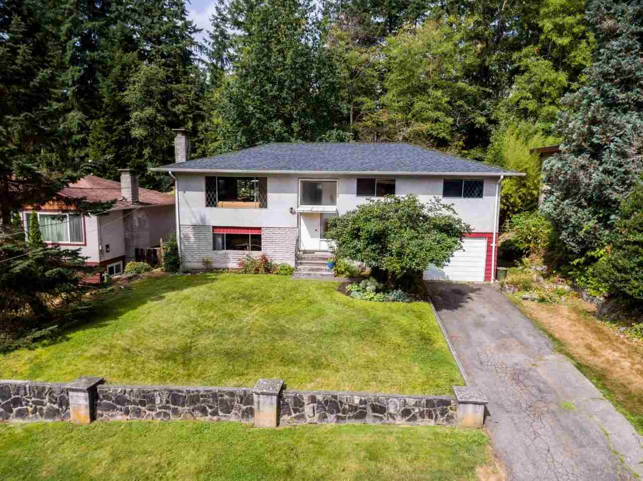 957 TOLLCROSS ROAD, North Vancouver