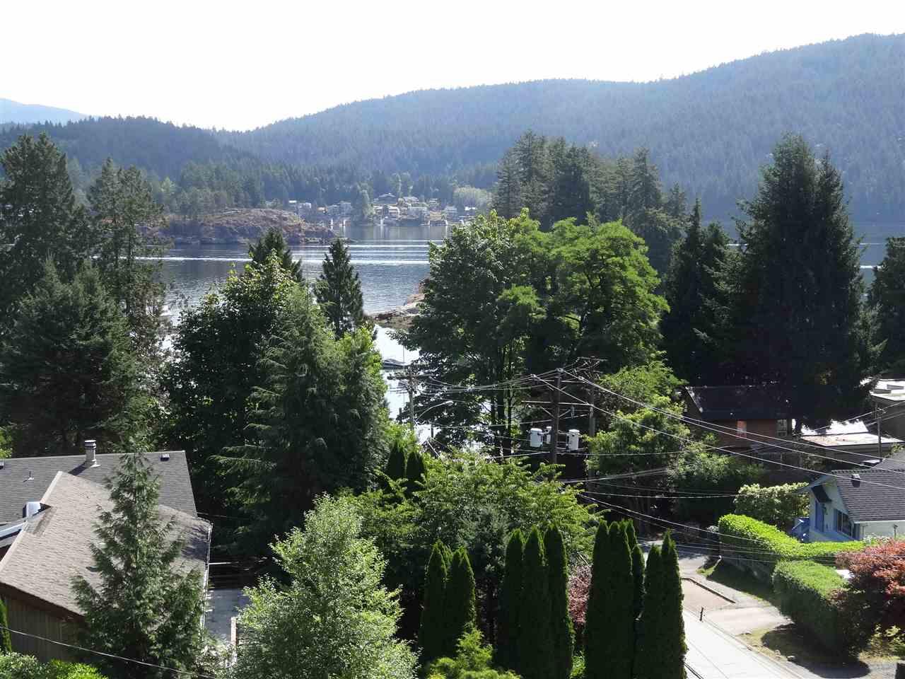4514 STRATHCONA Deep Cove, North Vancouver (R2197415)
