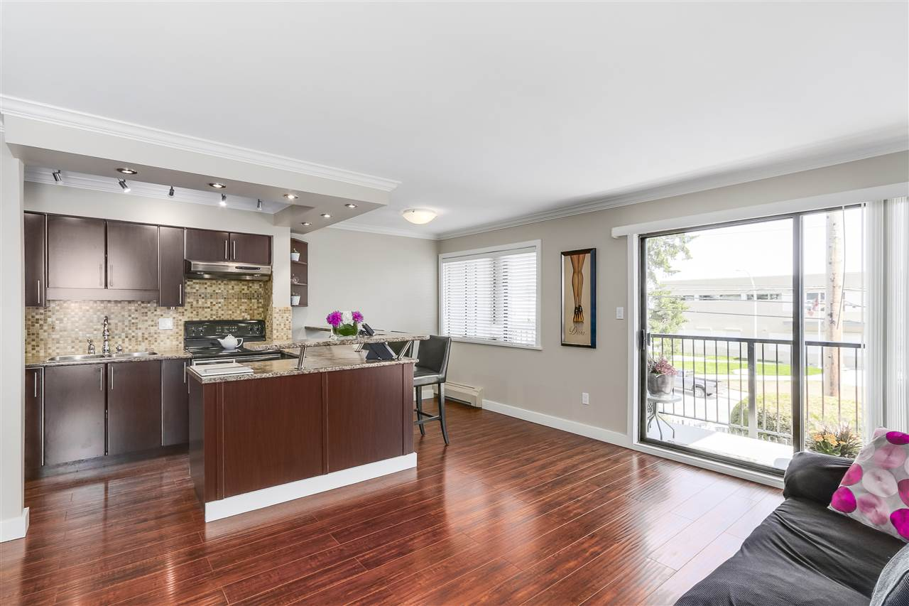 202 803 QUEENS AVENUE, New Westminster