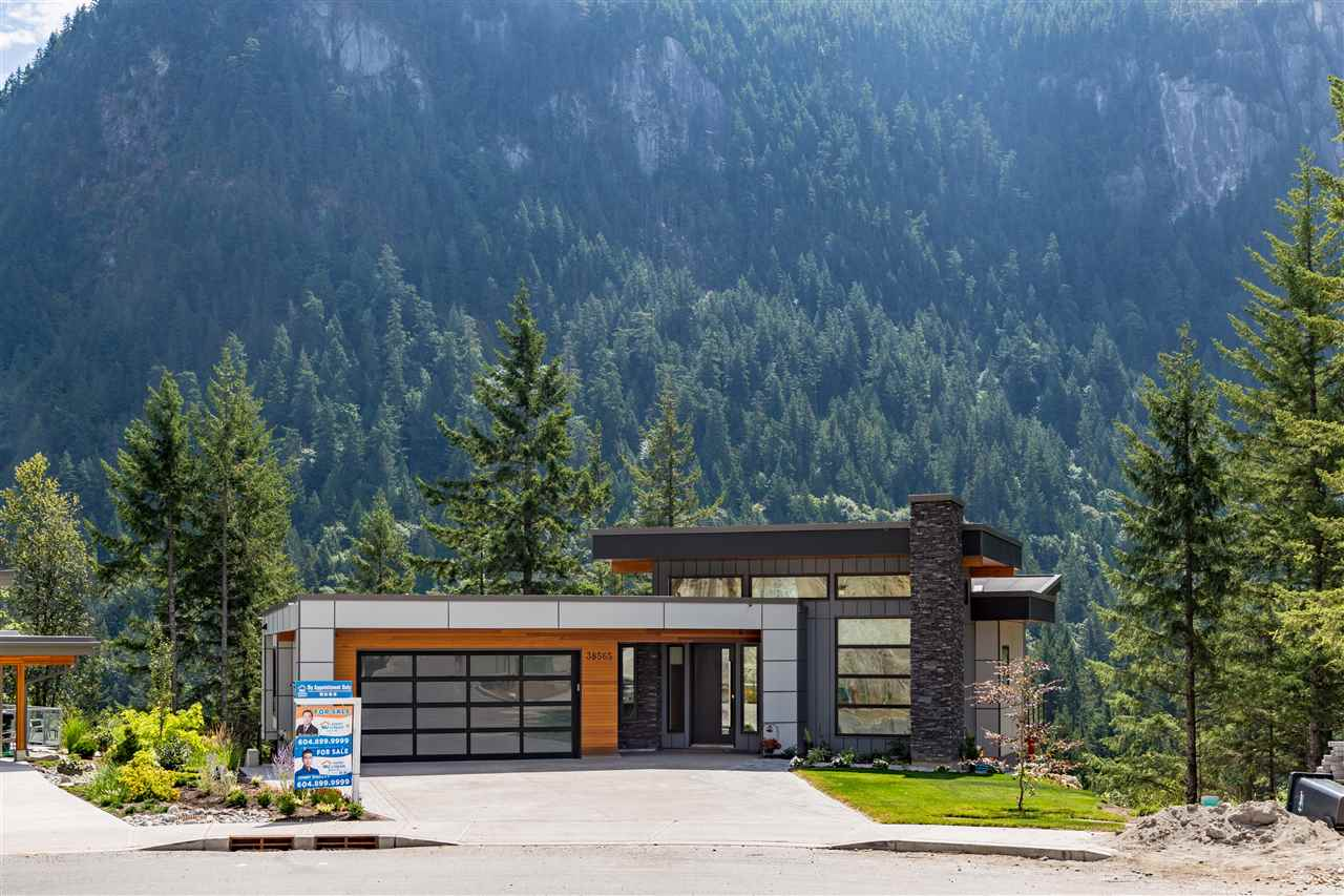 38565 HIGH CREEK DRIVE, Squamish