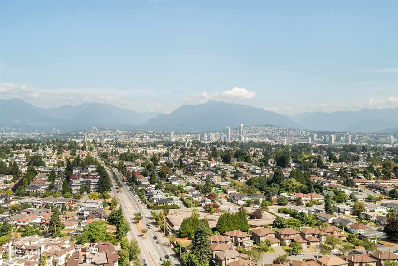 3202 5515 BOUNDARY ROAD, Vancouver