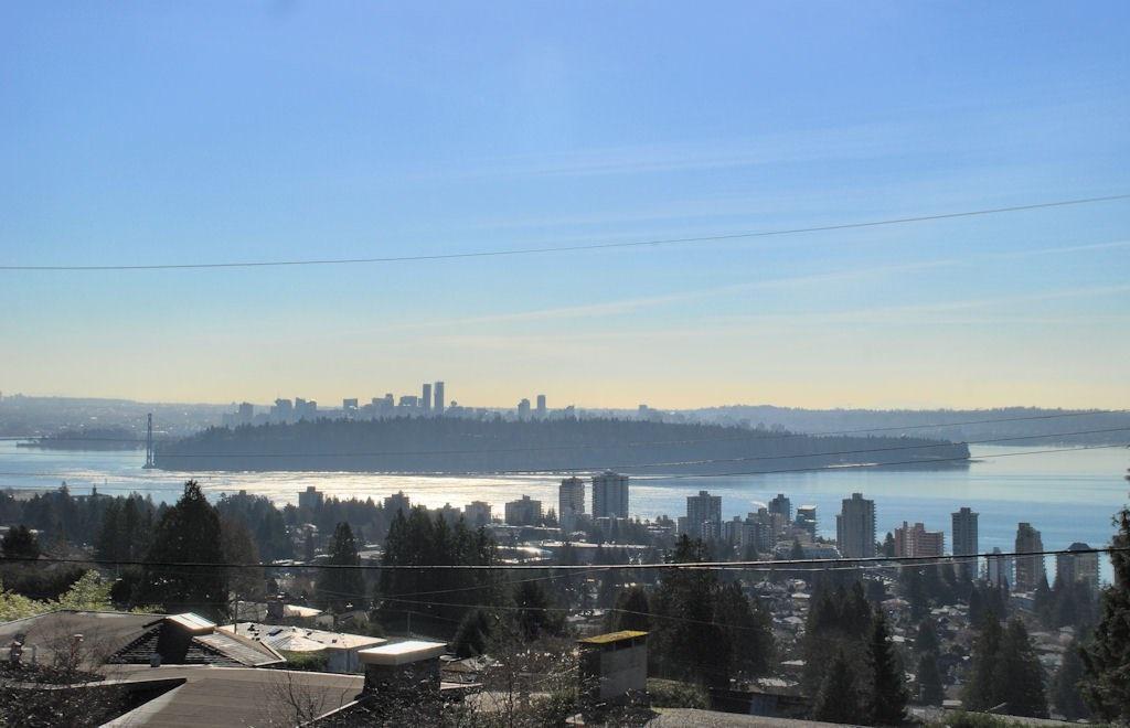 2035 RUSSET Queens, West Vancouver (R2200706)